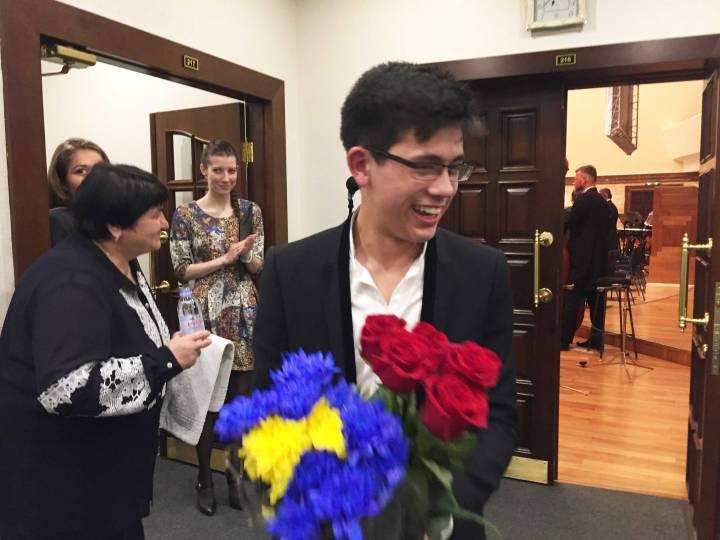 george harliono applause alexander sladkovsky kazan04