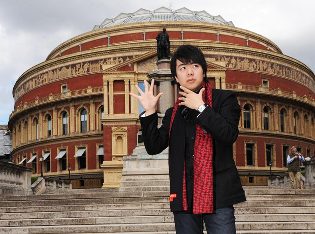 george harliono lang lang albert hall
